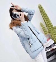 常年大量批发各种外贸服装那里有低价处理库存尾货女装