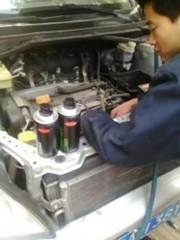 汽摩清洗剂厂家面向全国供应汽车养护品OEM代工诚招加盟商