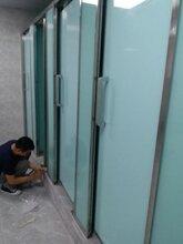 漳州酒店商场卫生间玻璃隔断工厂直销图片