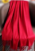 好質量羊絨紅圍巾西安中國紅圍巾禮品大紅圍巾繡字批發圖片