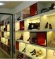 木制展柜烤漆展柜钛合金货架鞋店展柜天津正豪货架厂