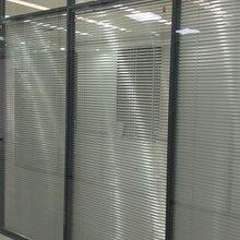 濟南鋁合金玻璃隔斷專業生產廠家——聚美玻璃隔斷圖片