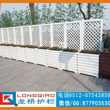 苏州别墅护栏仿木PVC发泡板护栏仿木围墙护栏永不生锈