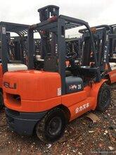 上海宝山区电动叉车回收图片