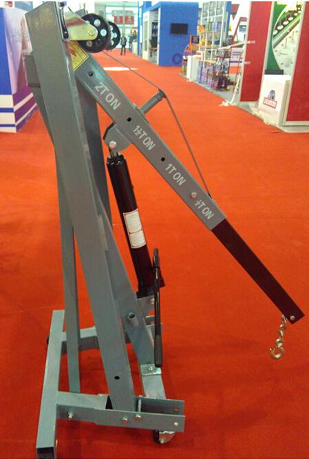 厂家直销2吨手动液压吊车液压吊架折叠小吊车液压小吊机二吨发动机吊机