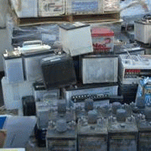 成都废旧电瓶回收图片