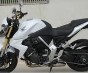 本田小黄蜂250摩托车图片