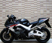 本田CBR929RR摩托车跑车图片