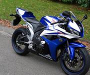 本田F5摩托车跑车图片