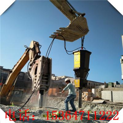 鄂托克旗鐵礦開采中液壓劈裂機