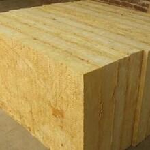 酚醛板單面彩鋼板巖棉保溫板生產線圖片