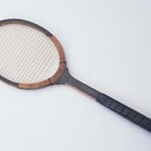 羽毛球拍乒乓球拍网球拍激光刻字刻人名刻图案加工