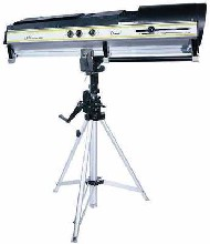 360WLED追光灯/LED变焦追光灯/高效影视灯/剧院灯光/LED光束追光图片