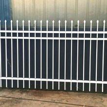 河北热镀锌护栏网石家庄铁艺护栏桥东绿化道路护栏图片