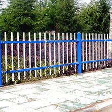 双横杆热镀锌护栏价格,双横栏锌钢护栏介绍临朐华胤护栏厂图片