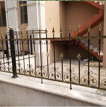 供应承德铁艺护栏河北锌钢护栏兴隆热镀锌护栏承德锻铁护栏图片