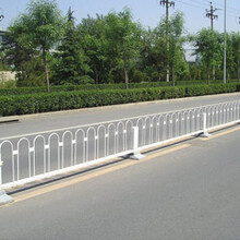 卢龙京式交通护栏河北京式公路护栏秦皇岛京式隔离栏厂家图片