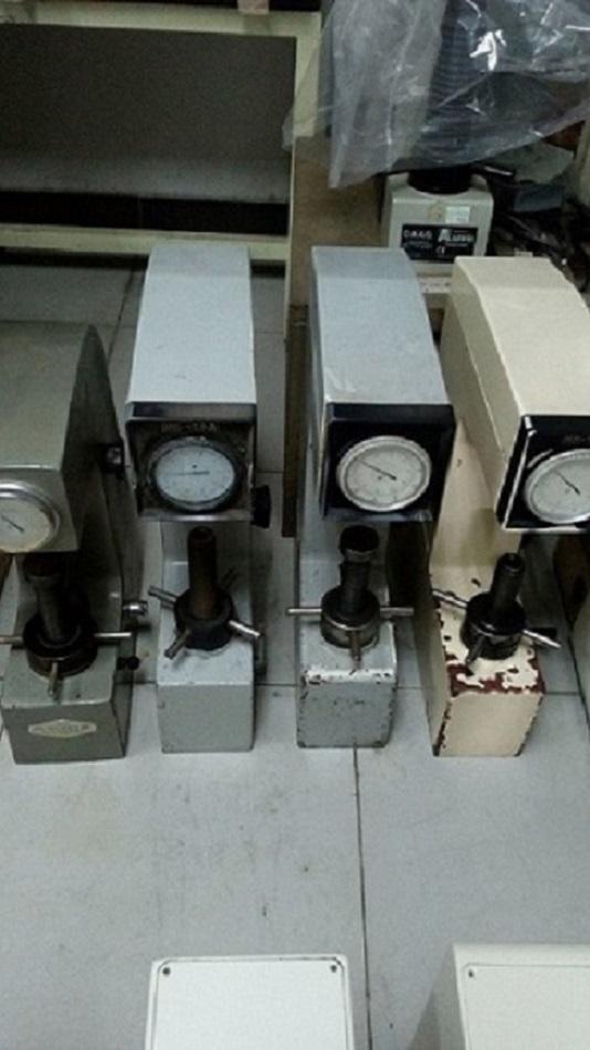二手HR-150A洛氏硬度计/手动东华硬度计/五金硬度计