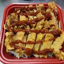 学校食堂受欢迎的脆皮鸡拌饭加盟哪家好烤肉拌饭加盟吴青,来仟佰味教正宗好口味,千元投资挣大钱