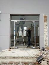 全市低价燕郊安装玻璃门燕郊维修玻璃门图片