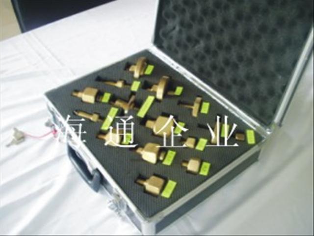 HT/CJ型SF6电气设备专用充气接头