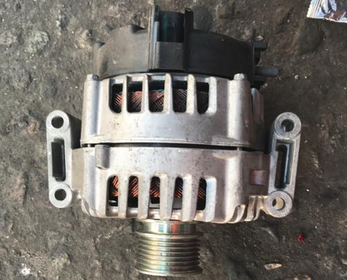 奔驰E级E200发电机W212E240E260E280机油泵