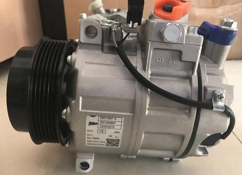 奔驰205喷油嘴机油泵汽油泵207冷气泵213W212空调泵机油泵起动机节温器