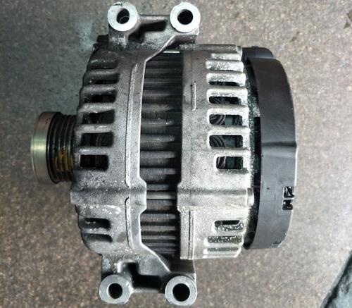 宝马X53.0发电机方向机机脚胶前杠内铁汽油泵活塞