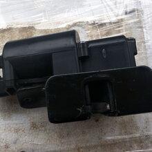 凯迪拉克SRX尾门锁块三元催化汽油泵散热器水箱图片