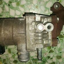 日产GTR阀体汽油泵三元催化起动机空调泵图片