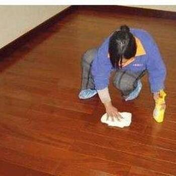 专业清洗厨房卫生间、家庭保洁、小时工、清洗油烟机