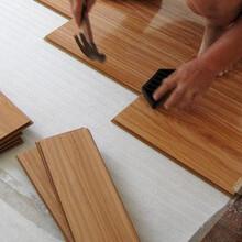 至电过来地板榫槽连接平铺8至12毫米伸缩缝龙骨铺装